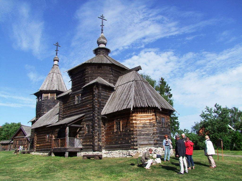 Église en bois du musée de l'Architecture en bois de Souzdal.