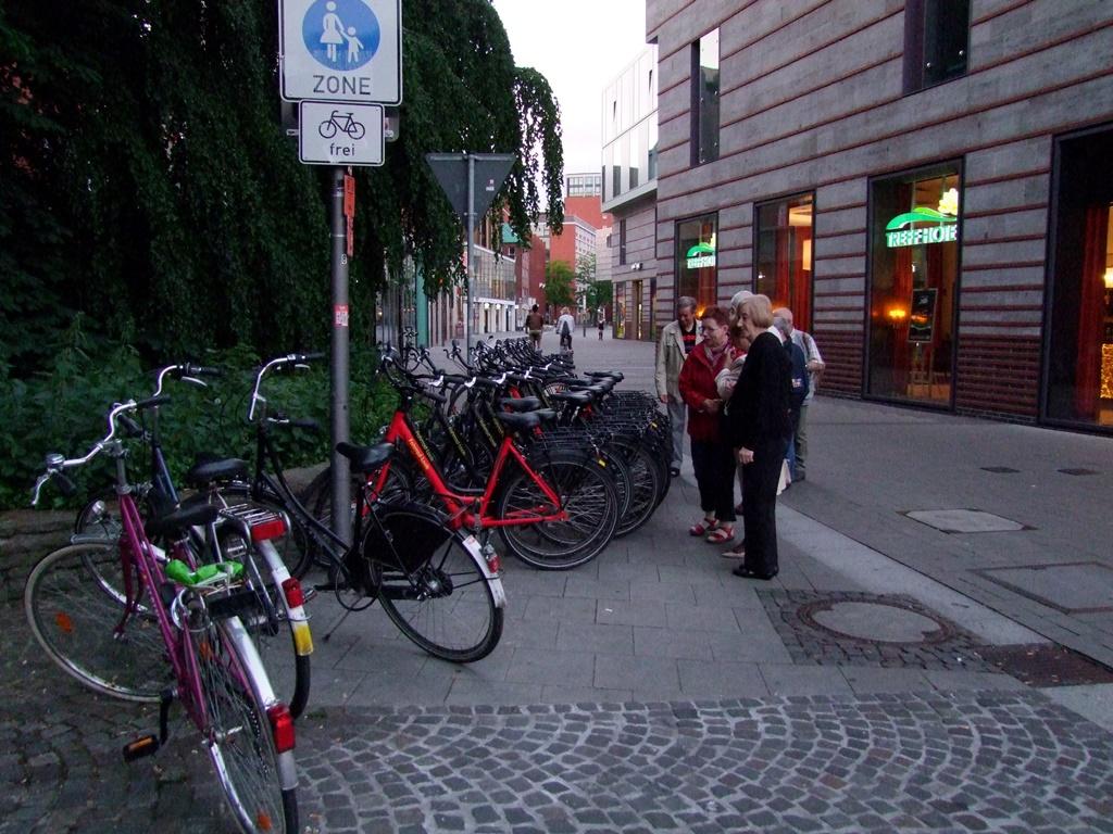 Allez, choisissez votre vélo nous allons faire une balade dans Münster…