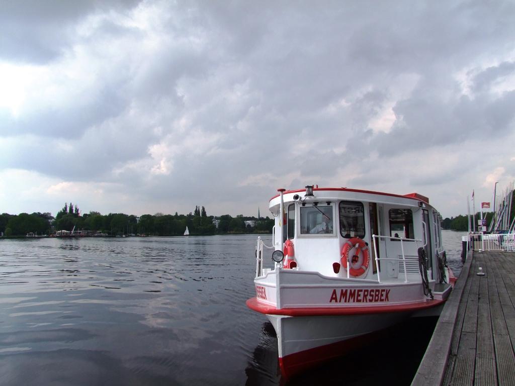 Au bord du lac Alster, Hambourg.