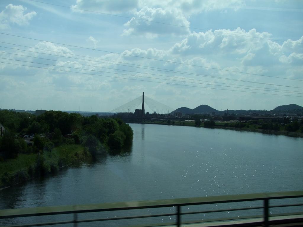 Le Rhin, sur la route à l'Allemagne