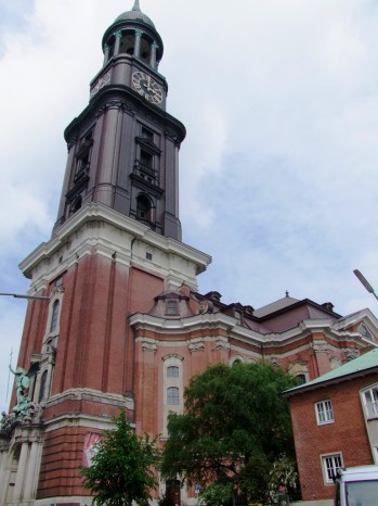 L'eglise protestante Saint Michel, sa tour est un symbôle de Hambourg.