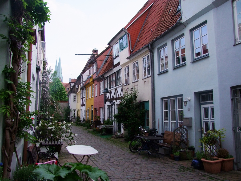 Vieille ruelle à Lübeck.