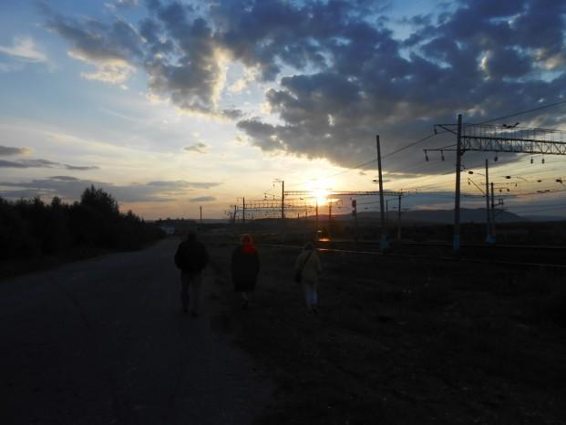 Balade nocturne vers la gare de Mogocha, le long de chemin de fer Transsibérien.
