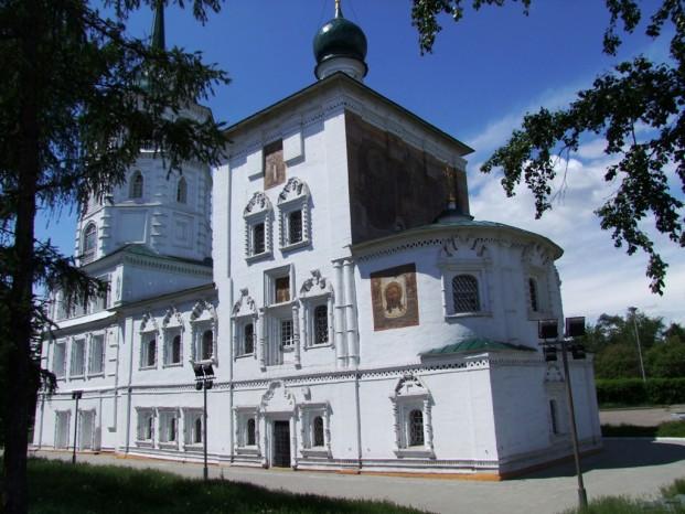 L' Eglise de Saint Saveur à Irkoutk.