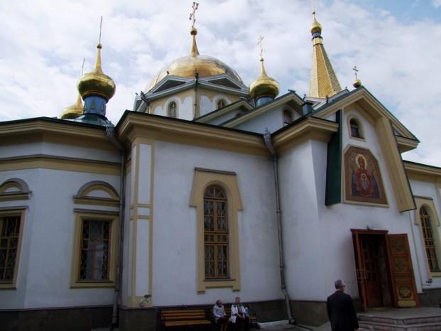 La cathédrale Saint-Alexandre Nevsky.