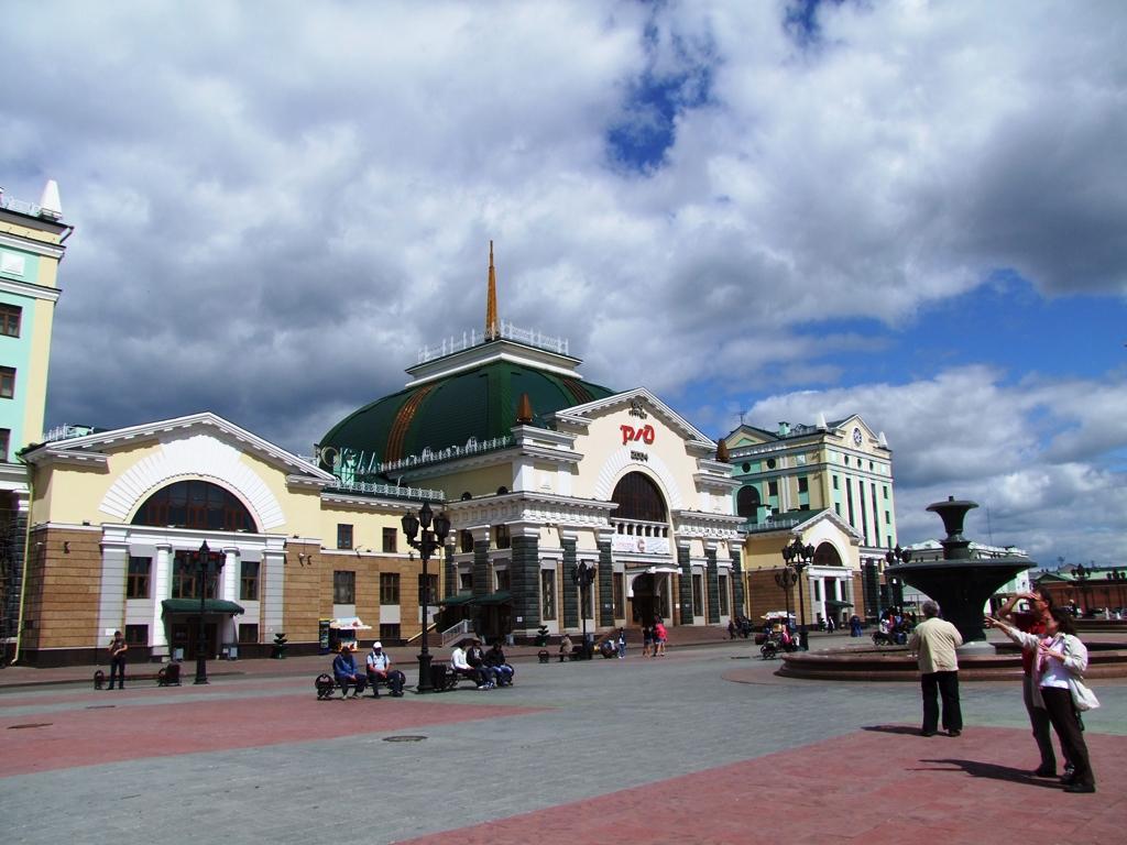 La gare centrale de Krasnoïarsk, une des étapes importante de Transibérien.