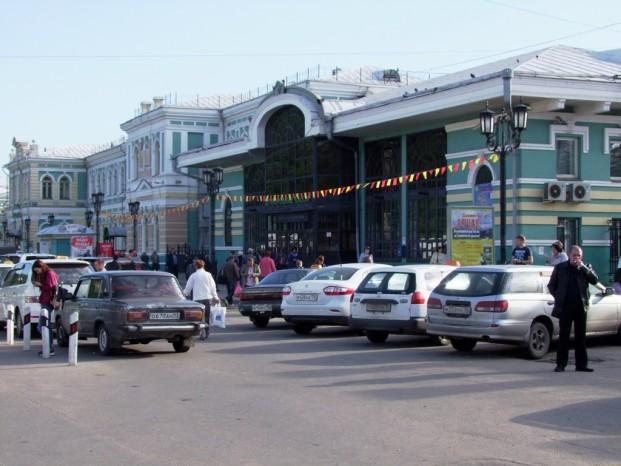 L'arrivée à la gare d'Irkoutsk.