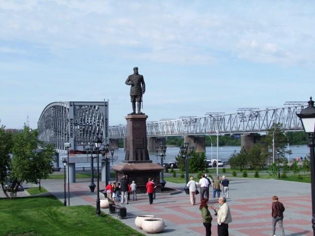 Le monument érrigé à l'honneur d'Alexandre III.