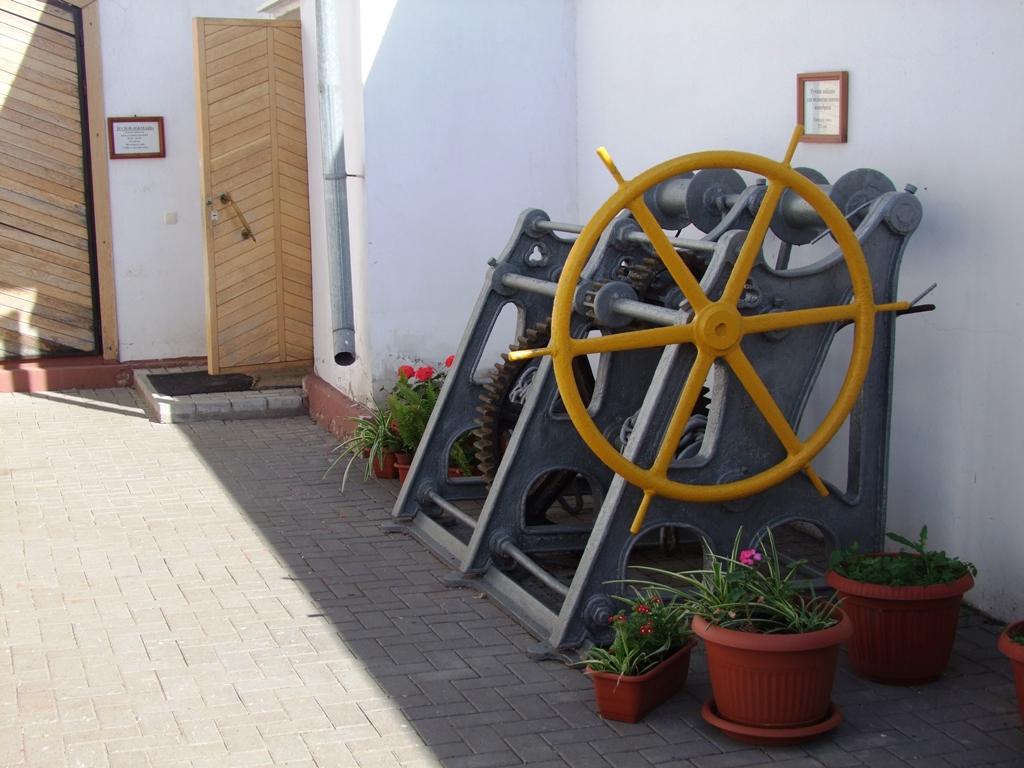 Les premières machines del'usine d'armement.