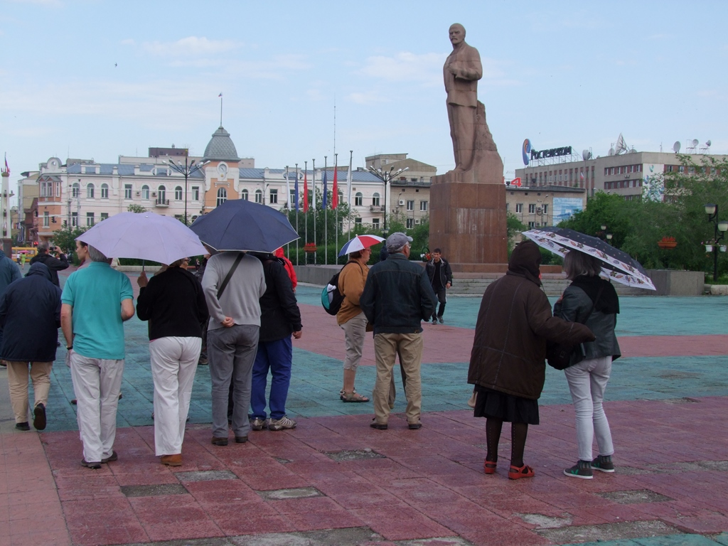 Sur la place Lénine.