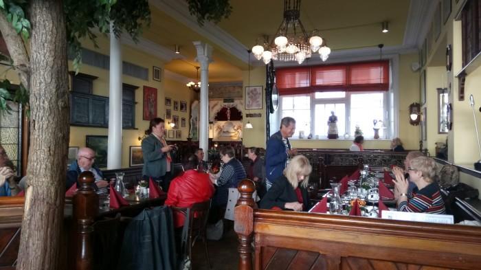 15.05. d+®jeuner +á Hambourg