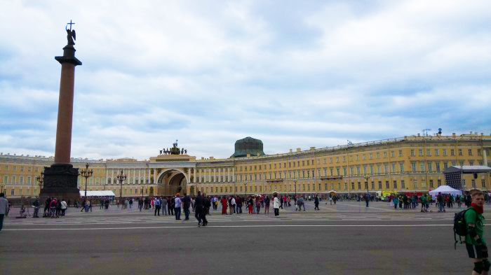 Saint-petersbourg9-700×393