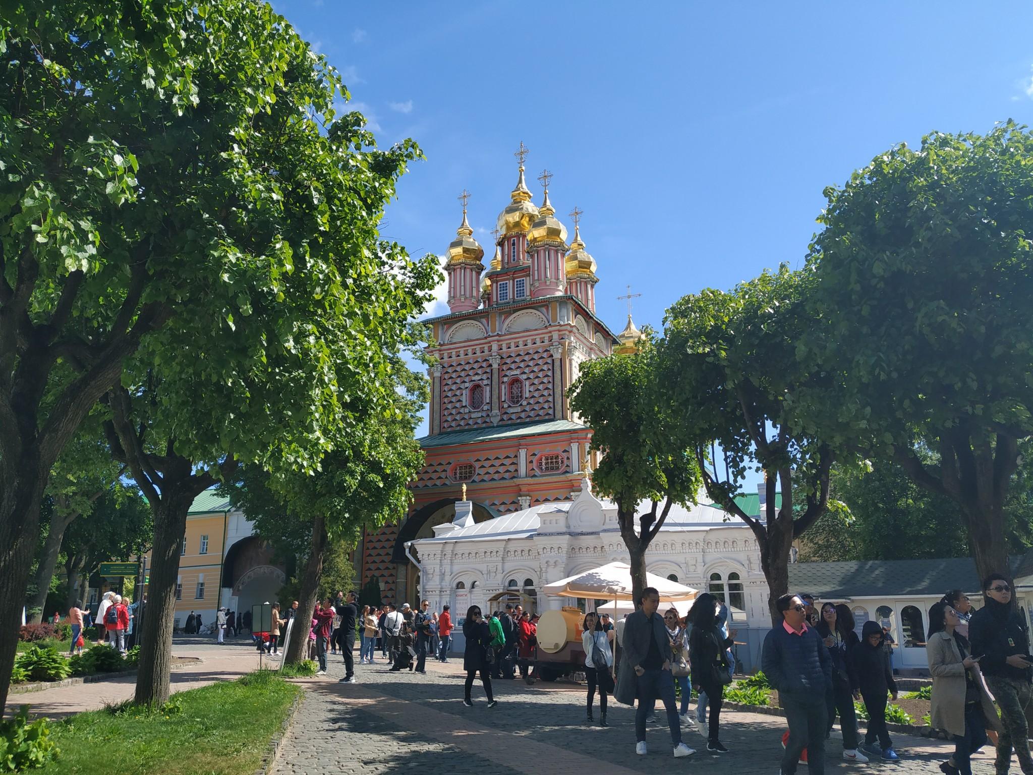 Le monastère de la Trinité Saint-Serge à Serguiev Possad.